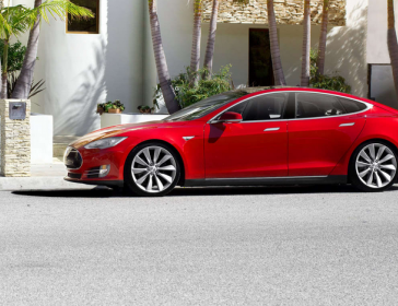Tesla,_electric_car,_battery,_Lithium.png