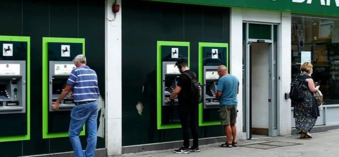 Lloyds Banking Group cash machines