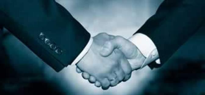 agreement_grayscale350_4d1c9ab0c8196.jpg
